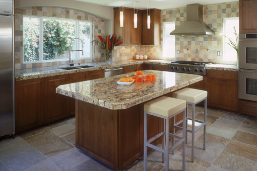 Modern Kitchen Cabinets with Alder Wood Raised Panels Full Overlay and Built In Cooktop
